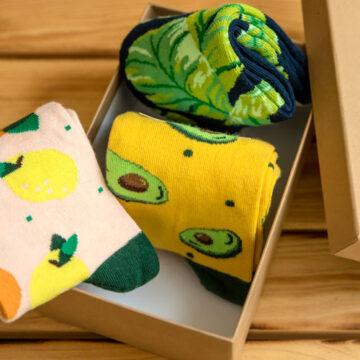 Socken Box: Wer Avocodotoast isst, backt auch Bananenbrot.
