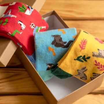 Socken Box: Hase & Otter haben nichts mit Yoga zu tun. Sieht trotzdem schön aus.